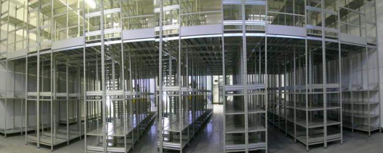 scaffalatura metallica